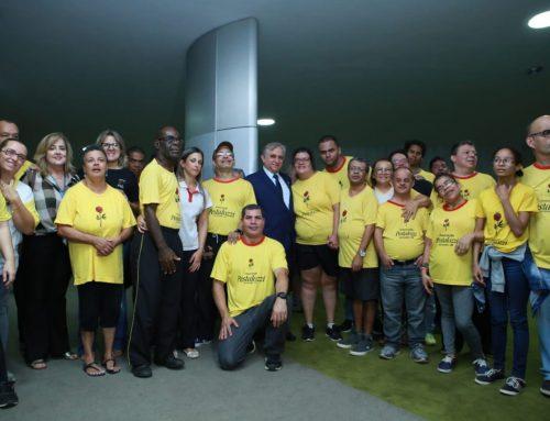 Izalci participa do lançamento da Frente Parlamentar em Defesa das Pessoas com Deficiência