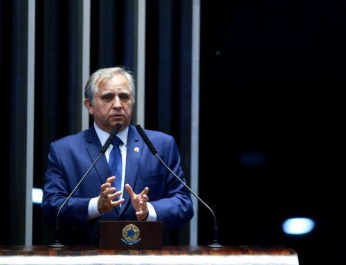 Izalci destaca aprovação da MP que combate fraudes e irregularidades no INSS