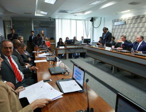 Comissão de Educação aprova projeto de Izalci que vai destinar mais de R$ 9 bilhões para a educação
