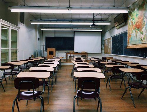 Izalci defende educação de qualidade para melhorar o acesso ao mercado de trabalho